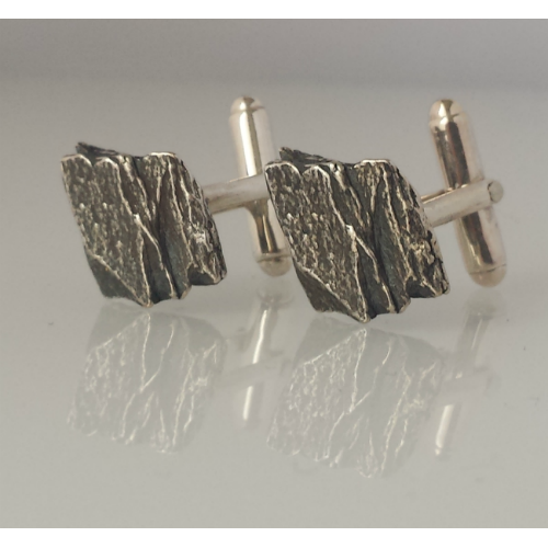 Skelligs Cufflinks - Black